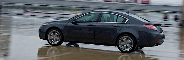 2011 Acura TL on the track!