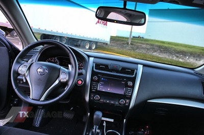 Our Tester Was Equipped With Cloth Seats, Not Leather, And The Interior  Still Felt A Much Higher Quality Than Any Altima ...