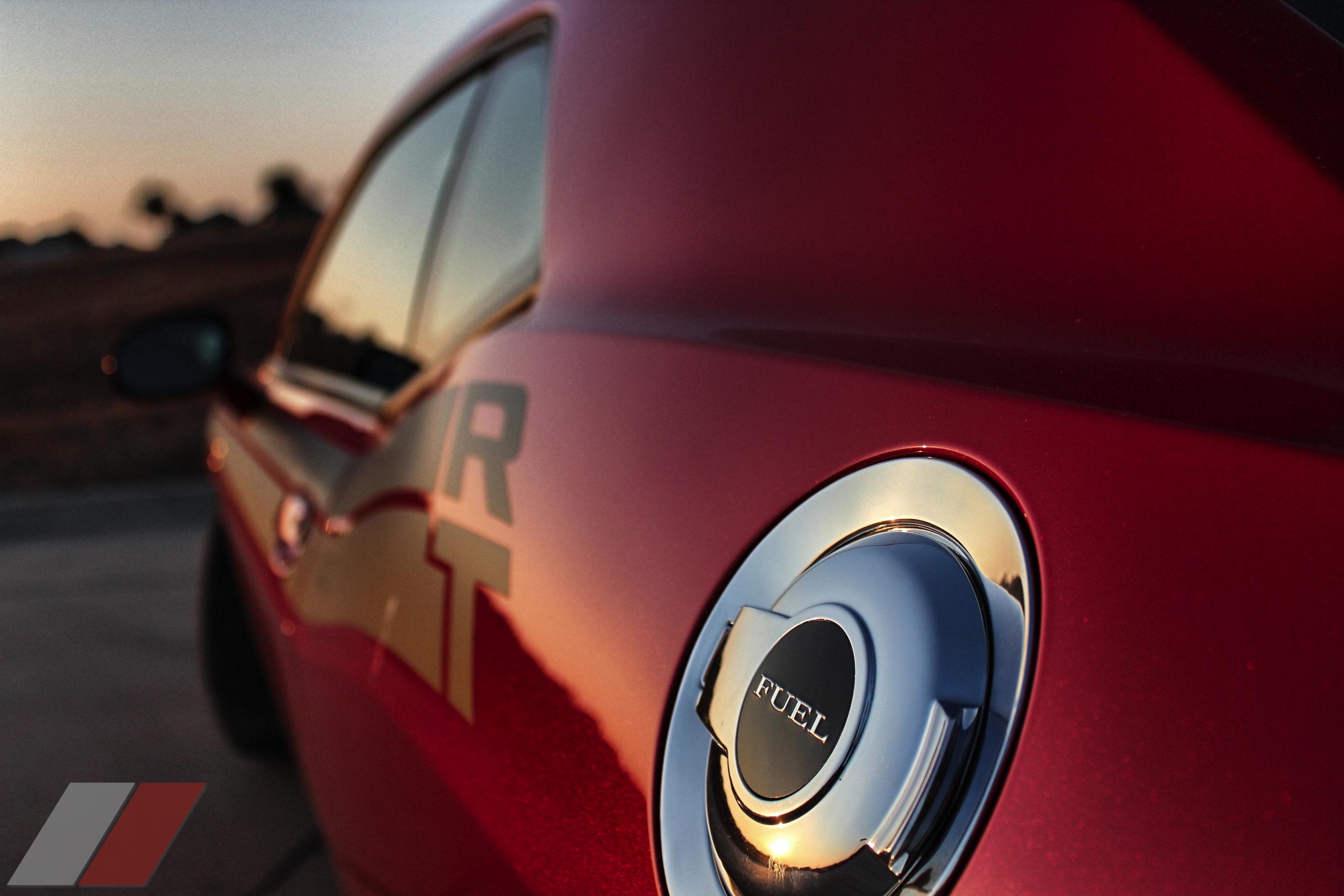 2013-Dodge-Challenger-RT-010