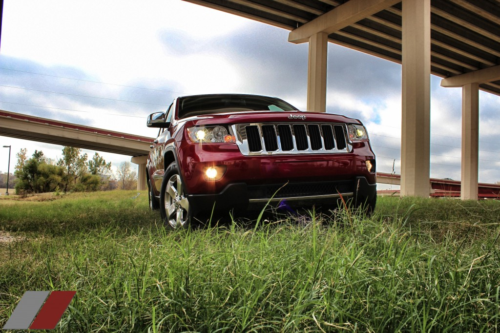full review of the 2013 jeep grand cherokee limited 4x4 suv of texas txgarage. Black Bedroom Furniture Sets. Home Design Ideas