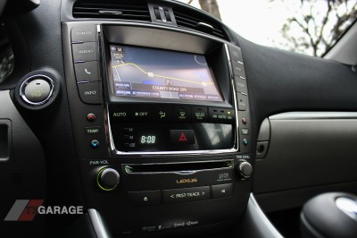 2013-Lexus-IS-350-awd-022