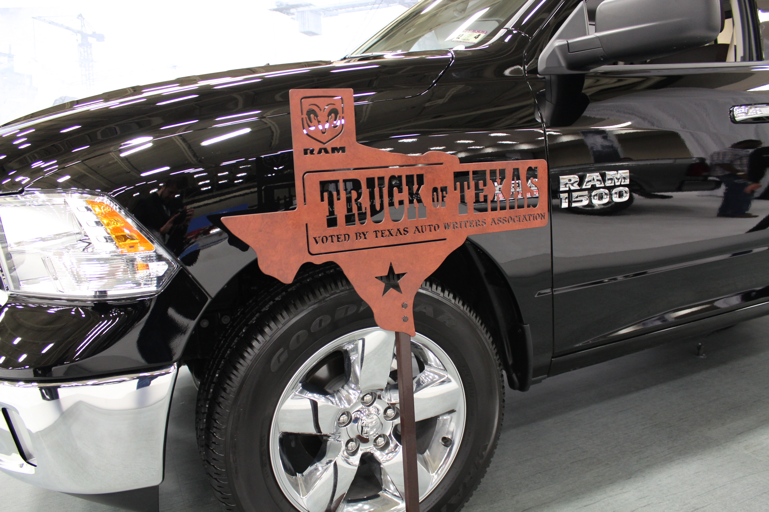traditional inventories preowned town autos at chrysler country vehicle dallas tx img in