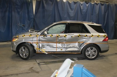 2013 Mercedes-Benz M-Class NHTSA 5-Star Crash Test