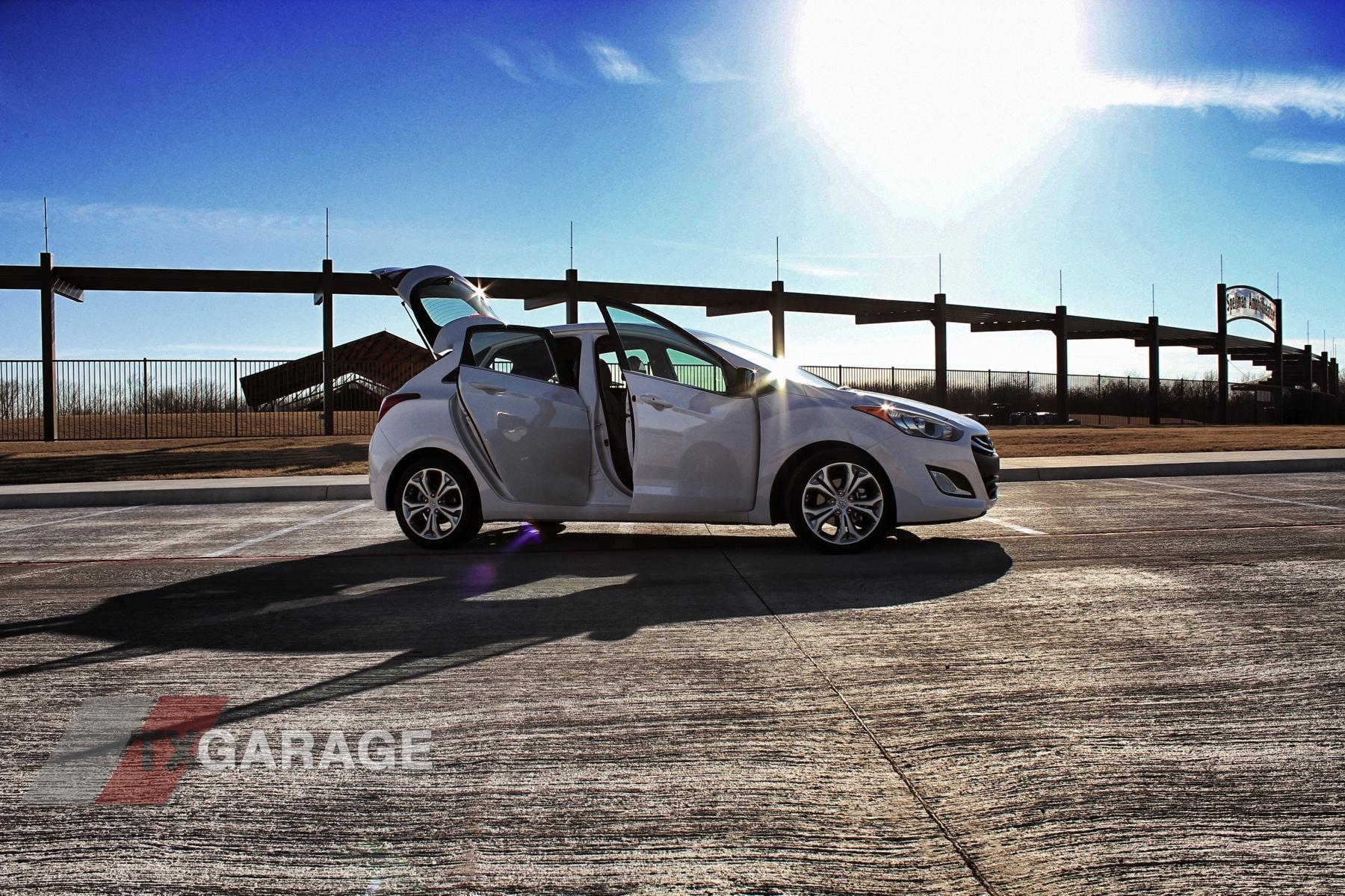 2013 Hyundai Elantra GT by txGarage