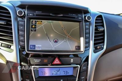 2013-Hyundai-Elantra-GT-041