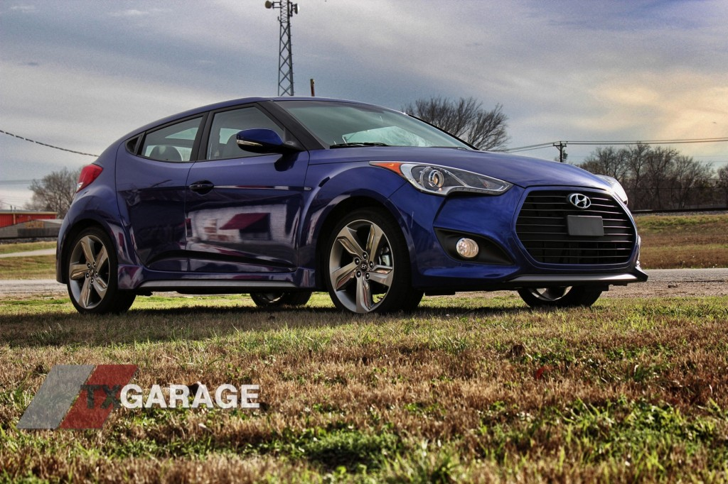 full review of the 2013 hyundai veloster tubro m t txgarage. Black Bedroom Furniture Sets. Home Design Ideas