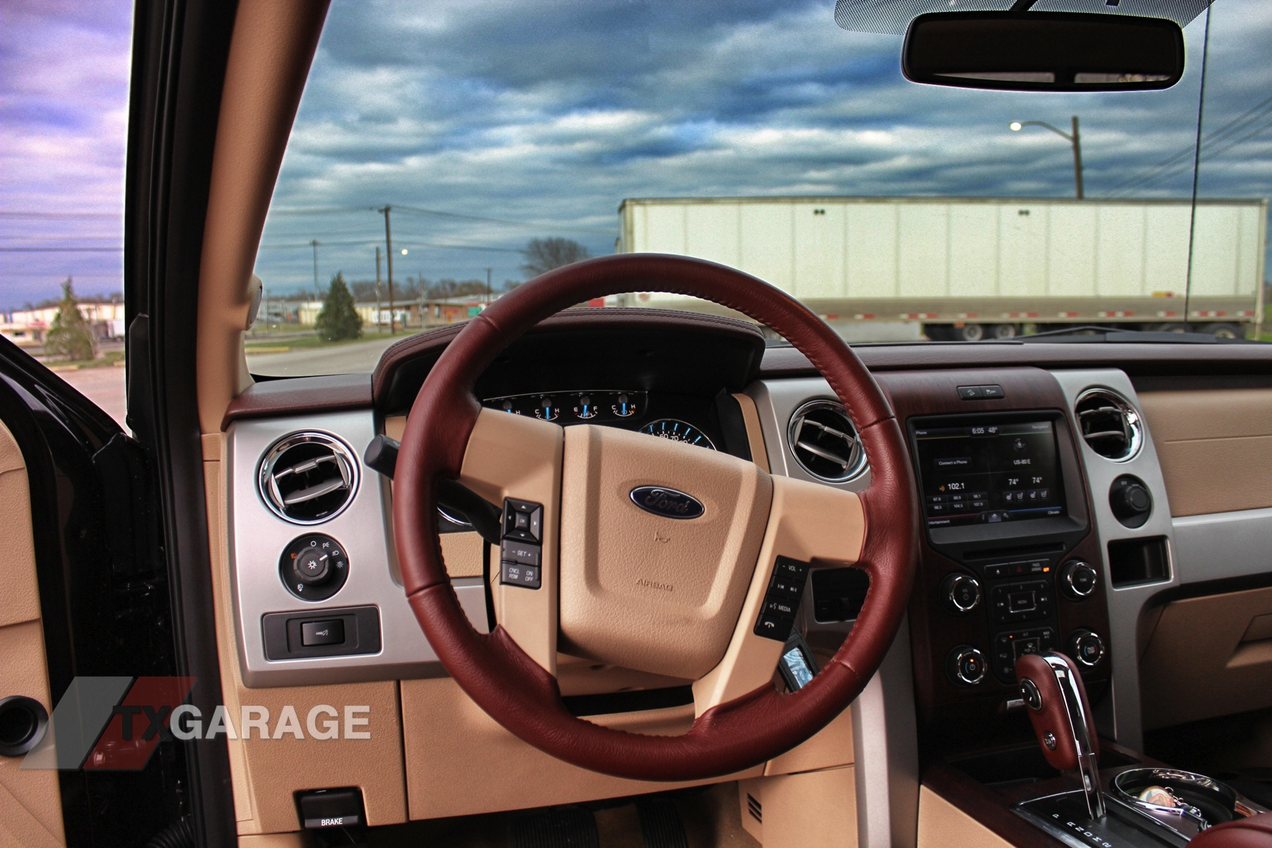 2013 ford f 150 king ranch 029 - 2014 Ford F150 King Ranch Interior