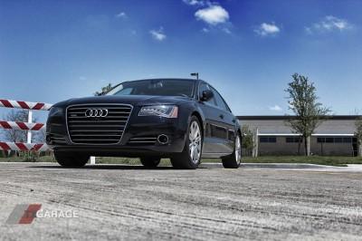2013-Audi-A8L-Luxury-Sedan-07
