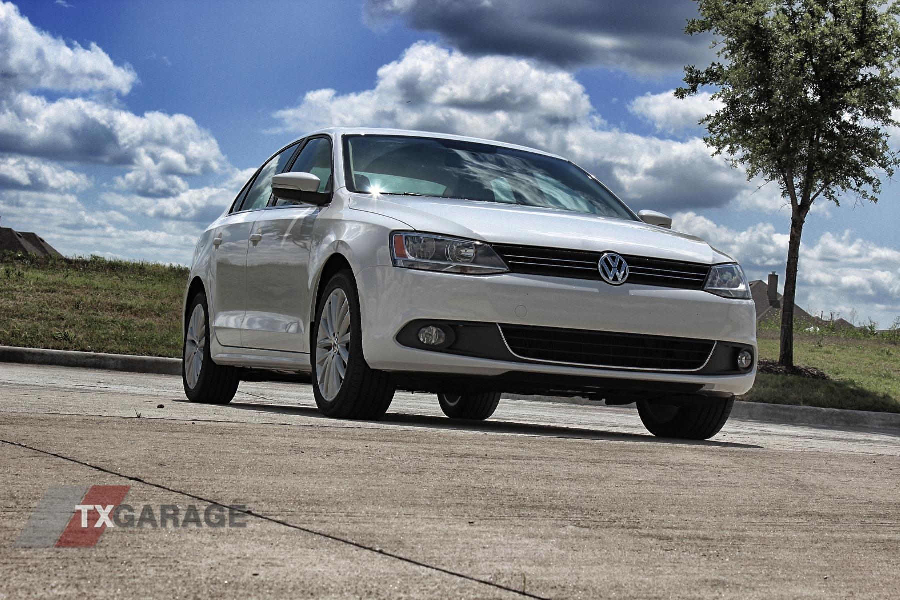 2013 Volkswagen Jetta by txGarage