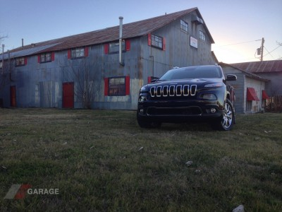 2014-Jeep-Cherokee-Limited-4x4-03