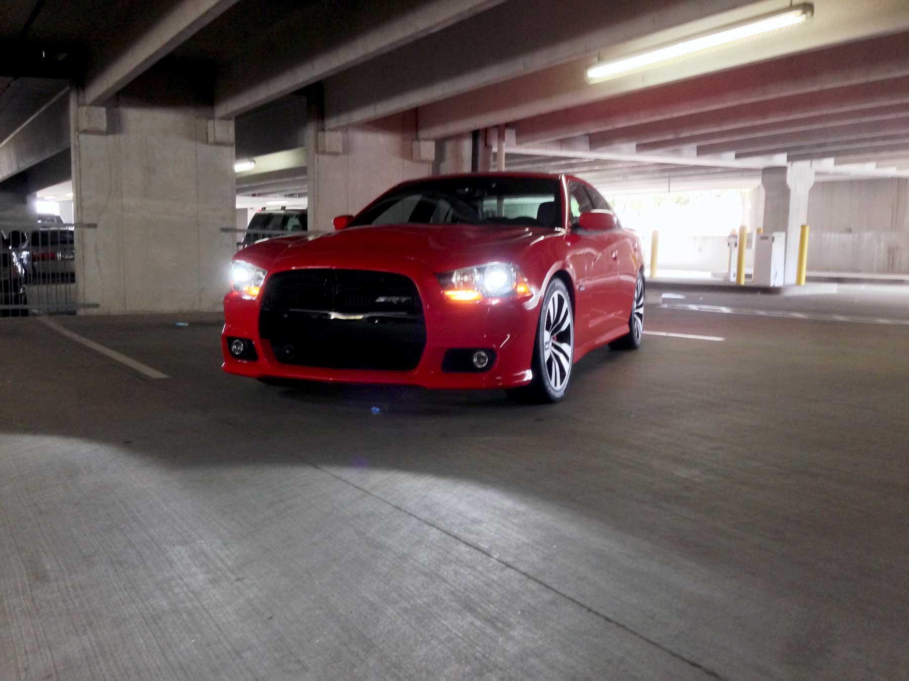 2014-Dodge-Charger-SRT-02