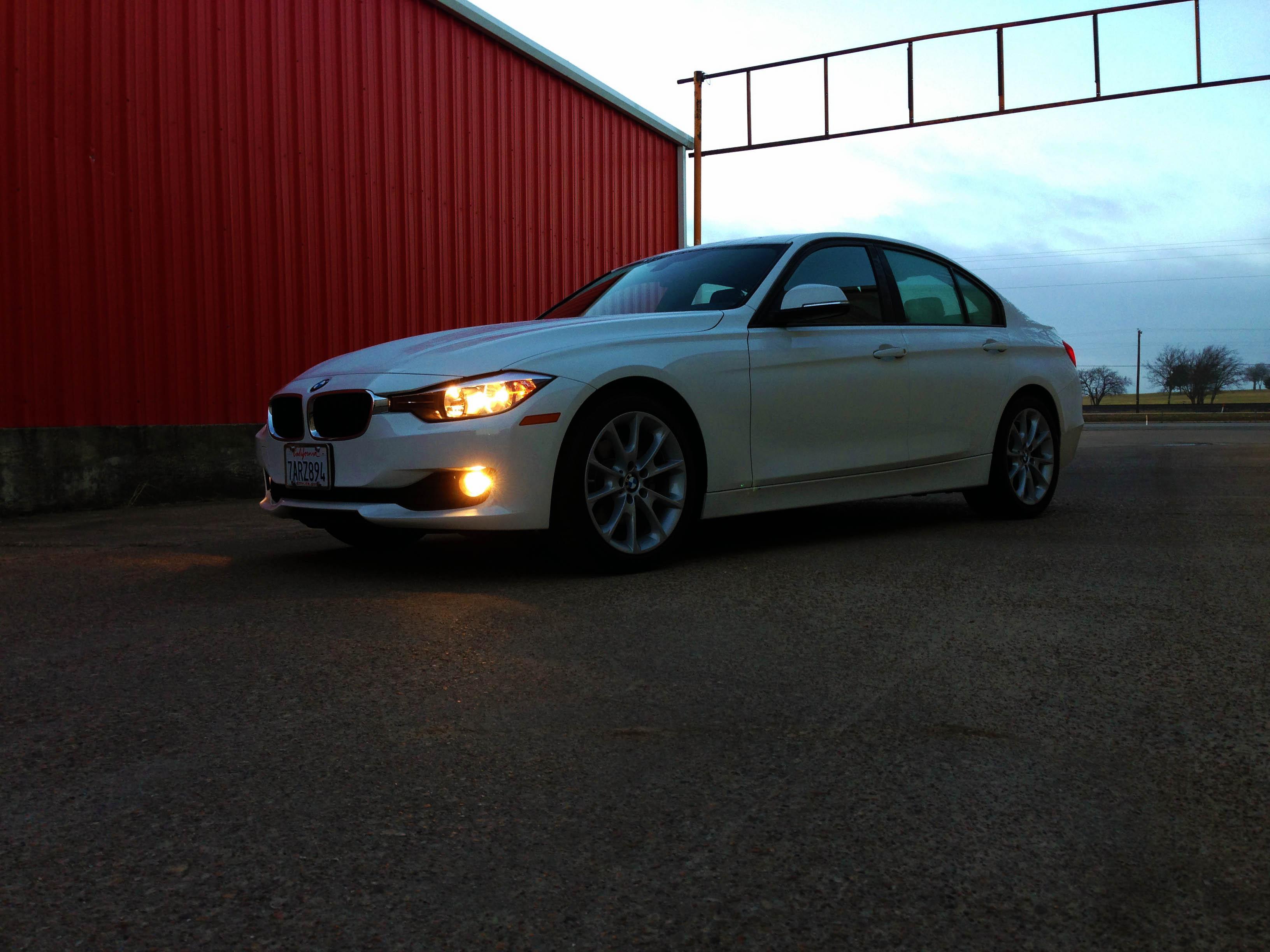 2014-BMW-320i-txgarage-001