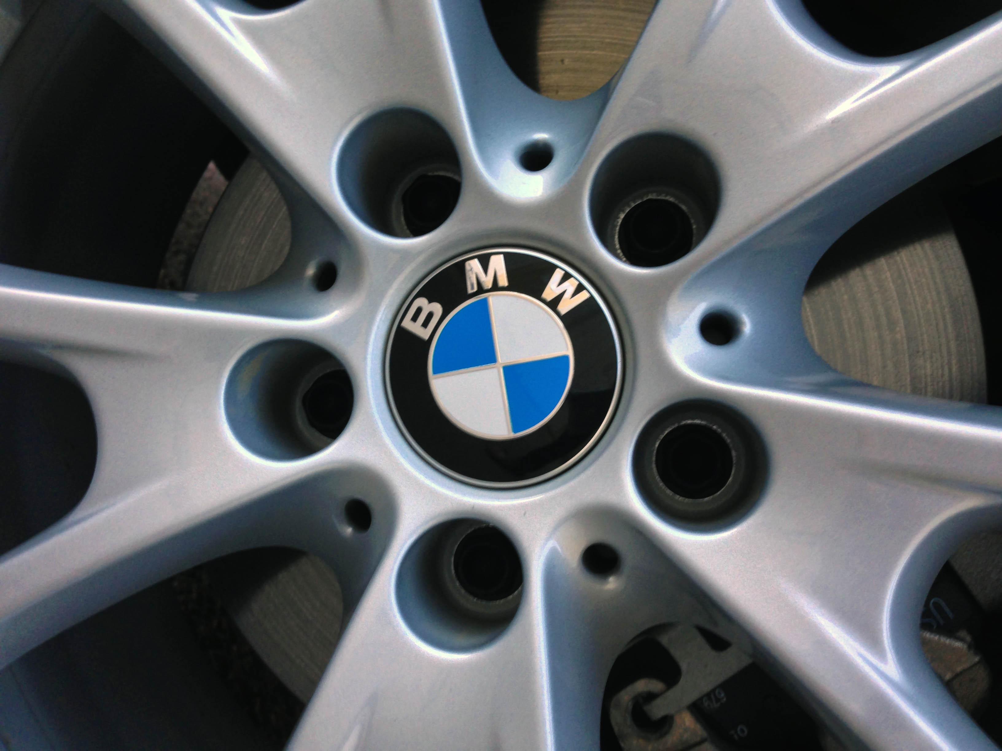 2014-BMW-320i-txgarage-008