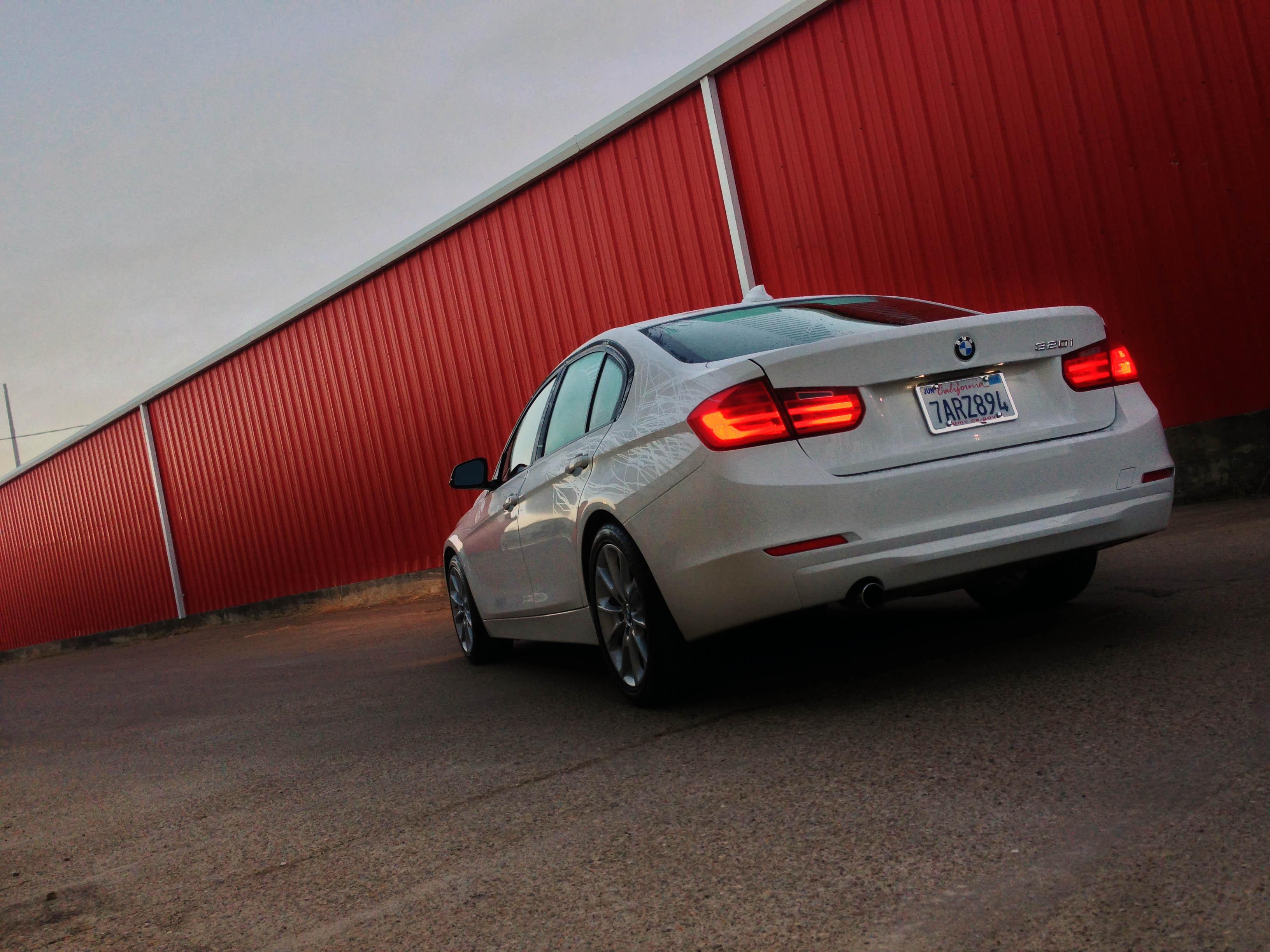 2014-BMW-320i-txgarage-013