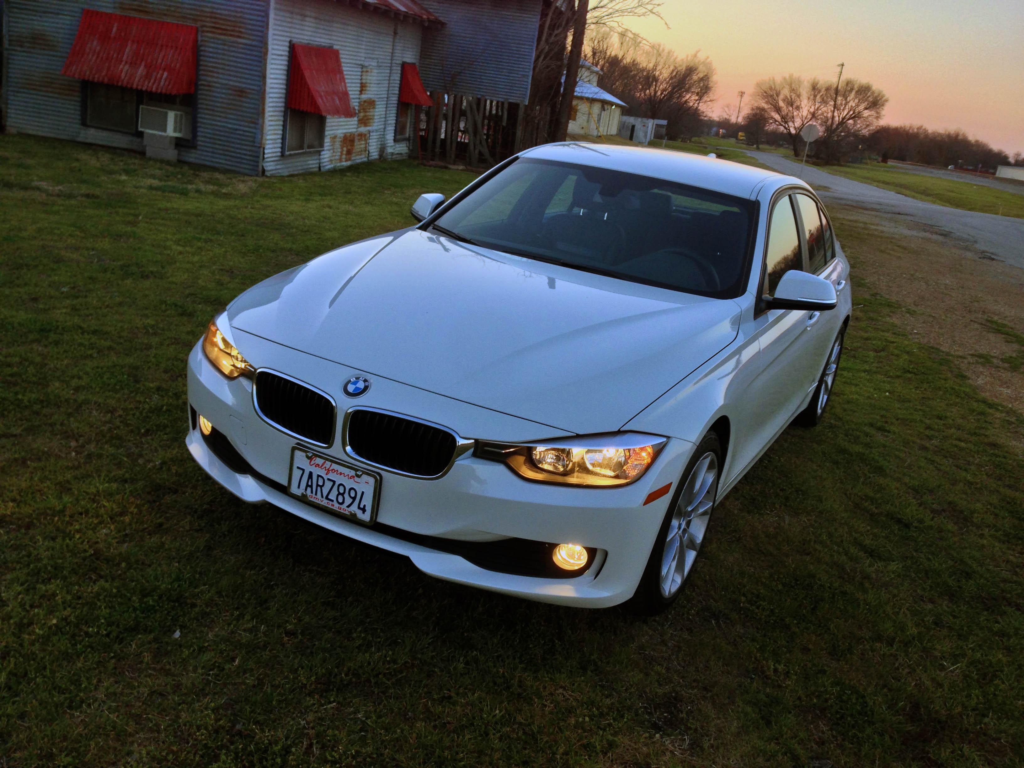 2014-BMW-320i-txgarage-025