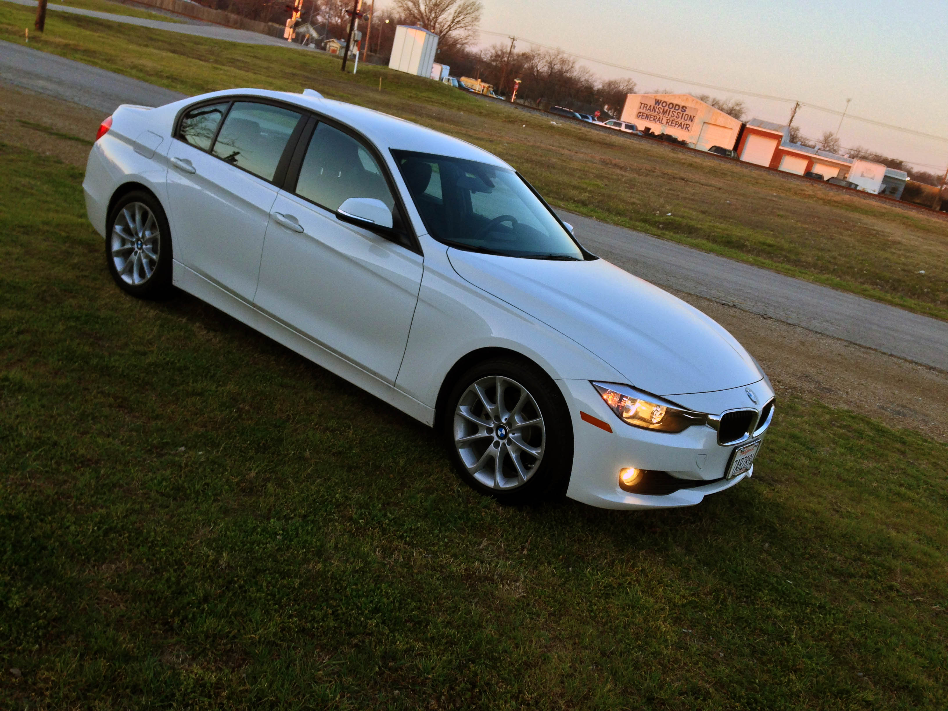 2014-BMW-320i-txgarage-032