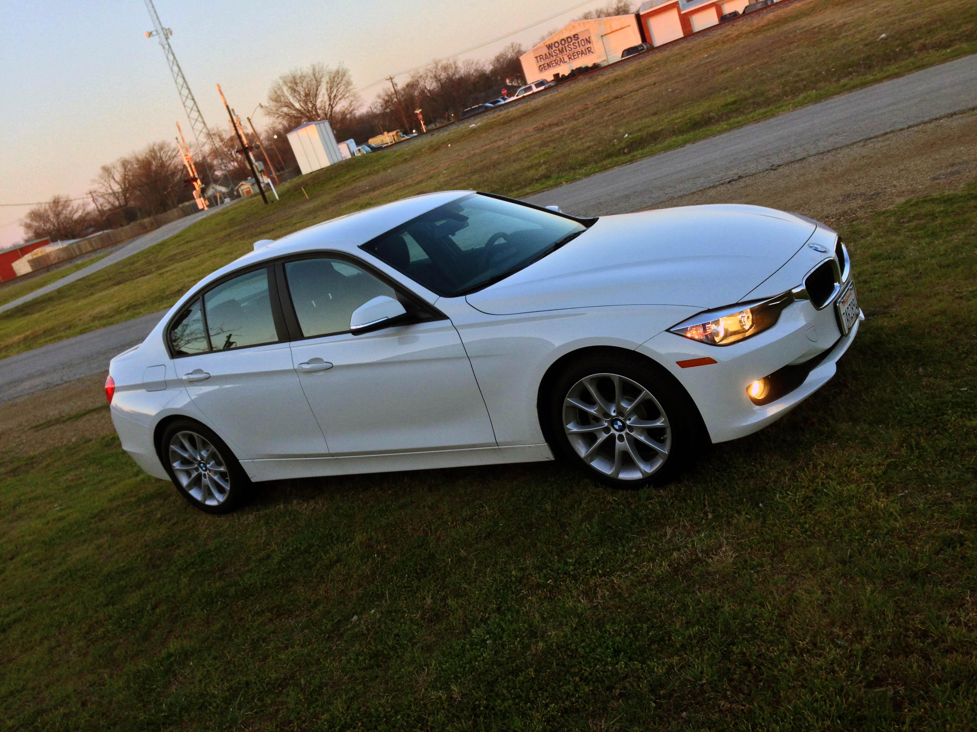 2014-BMW-320i-txgarage-033