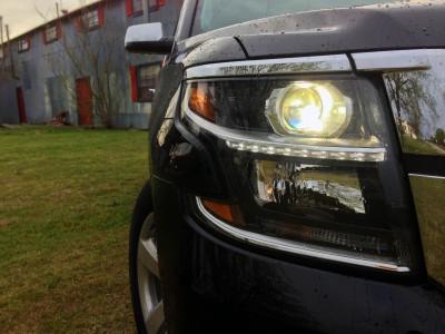 2015-Chevrolet-Suburban-026