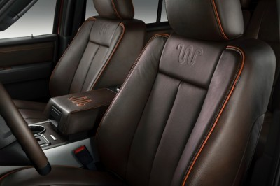 15Expedition-KingRanch_seats_HR