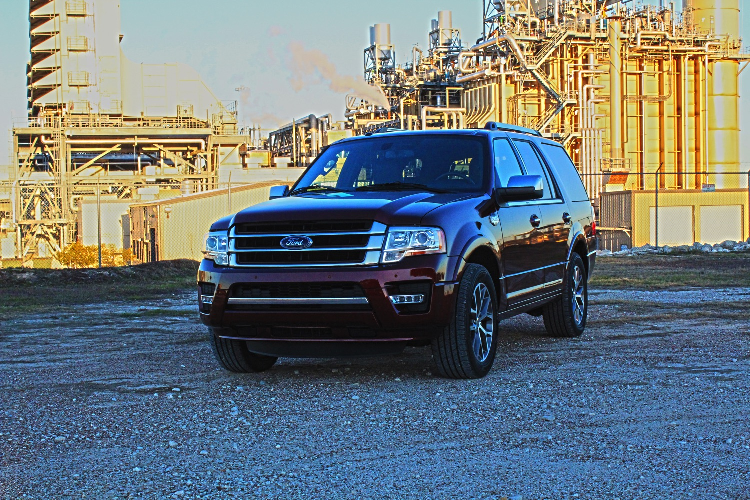2015-Ford-Expedition-KingRanch-002