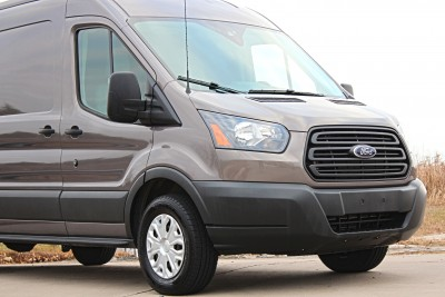 2015-Ford-Transit-Commercial-Van-15