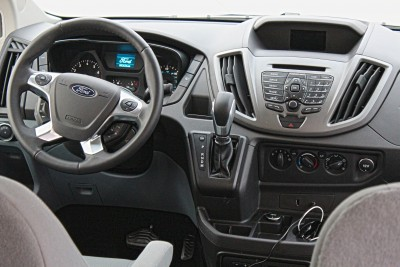 2015-Ford-Transit-Commercial-Van-23