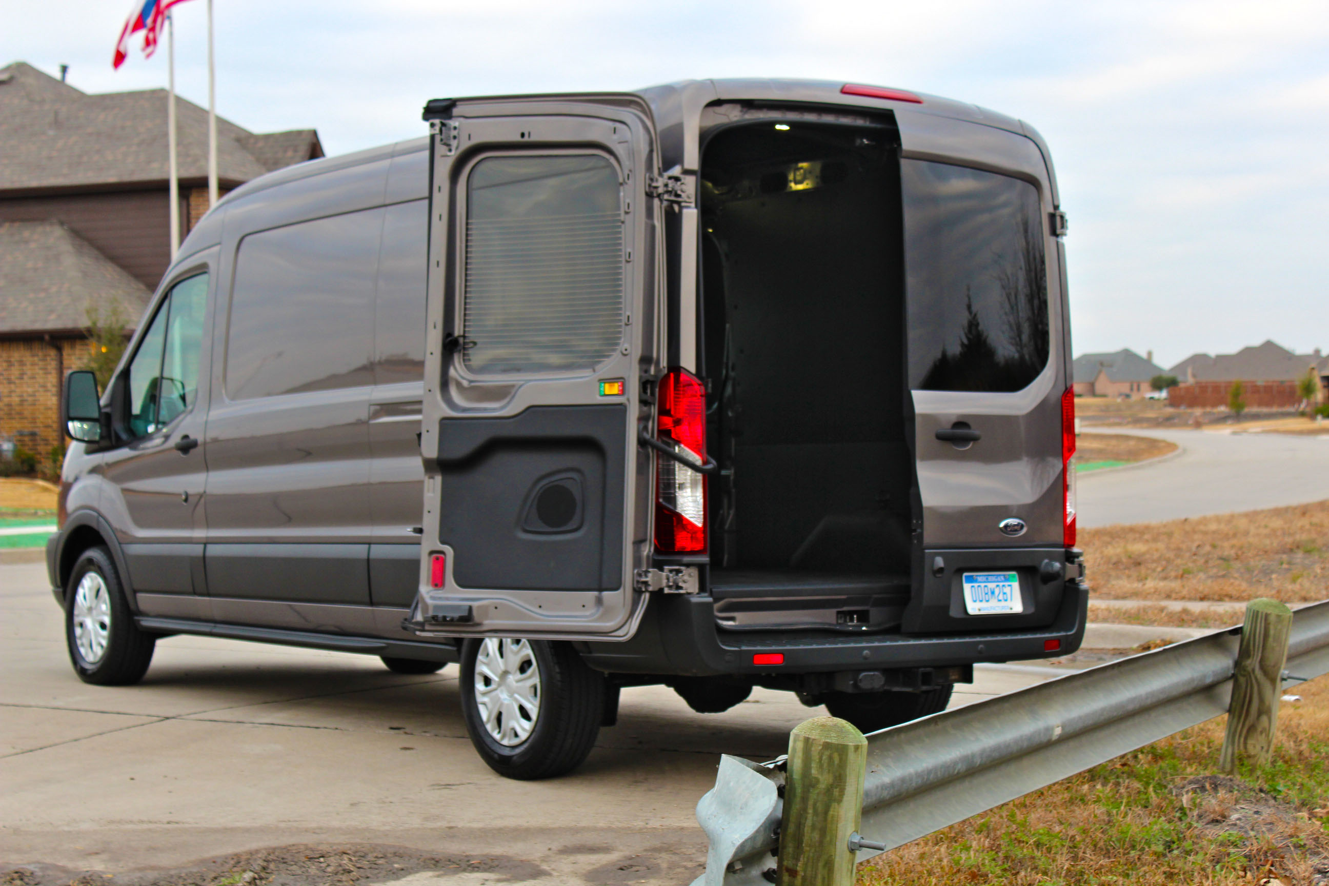 2015 ford transit commercial van 32 txgarage. Black Bedroom Furniture Sets. Home Design Ideas