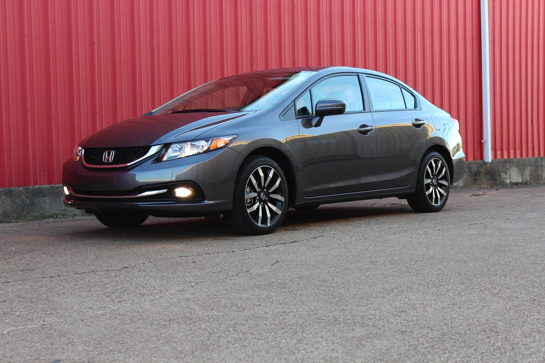 2015-Honda-Civic-Sedan-0016