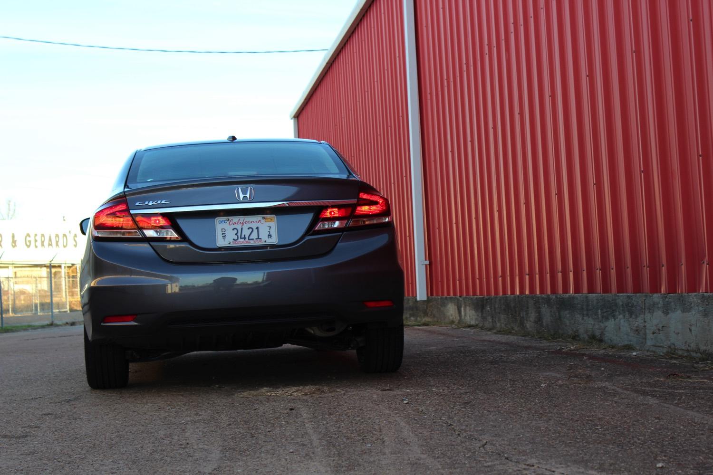 2015-Honda-Civic-Sedan-0022