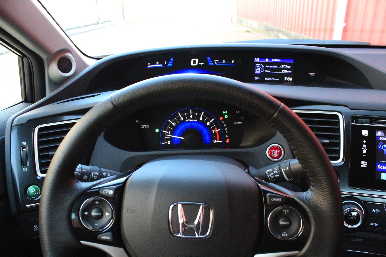 2015-Honda-Civic-Sedan-003