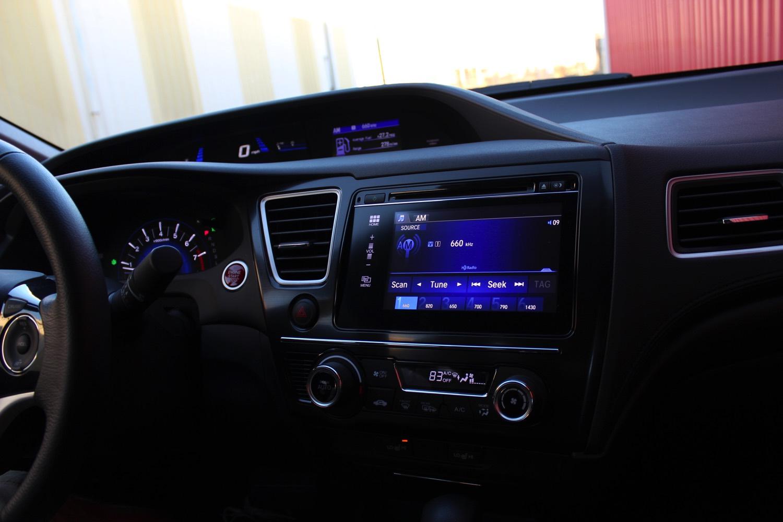 2015-Honda-Civic-Sedan-006
