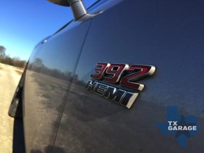 2015-Dodge-Challenger-SRT-392-013