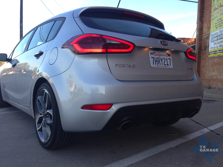 2015-Kia-Forte-SX-Hatch-txGarage-017