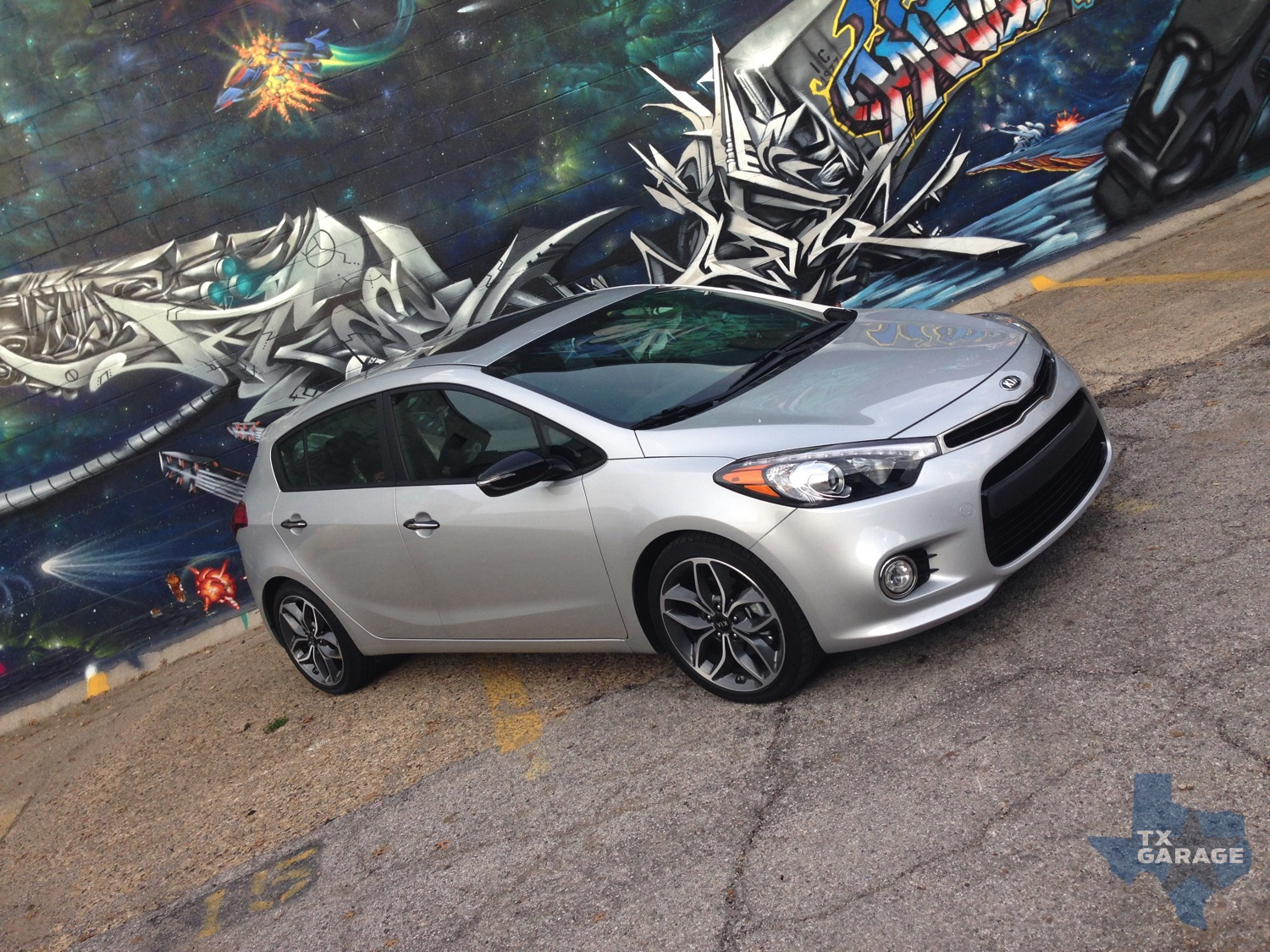 our week with the 2015 kia forte sx 5 door named sub compact car of texas txgarage. Black Bedroom Furniture Sets. Home Design Ideas