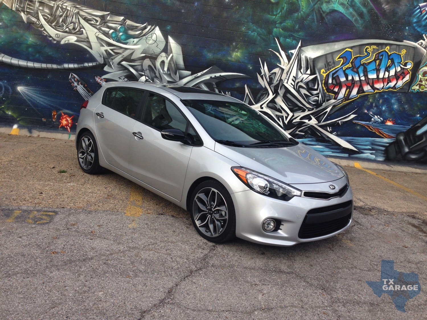 2015-Kia-Forte-SX-Hatch-txGarage-037