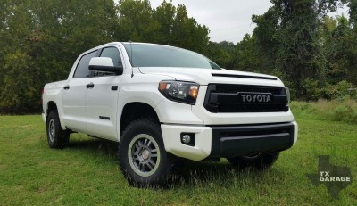 2015-Toyota-Tundra-bt-txGarage-037