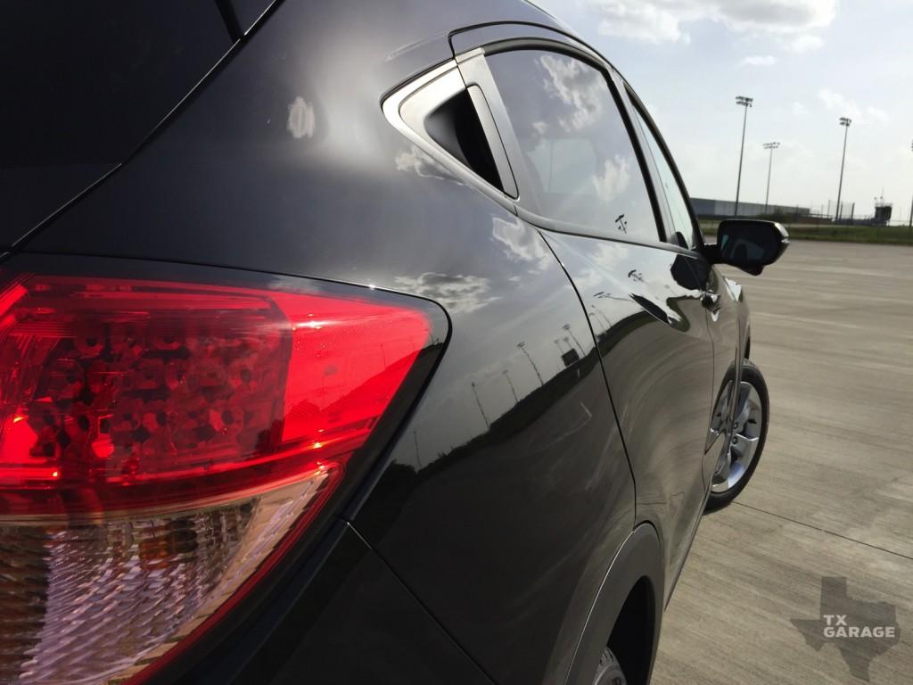 2016-Honda-HR-V-txGarage-008