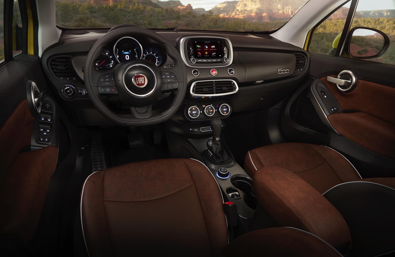 2016-Fiat-500x-004