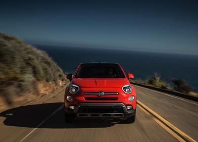2016-Fiat-500x-018
