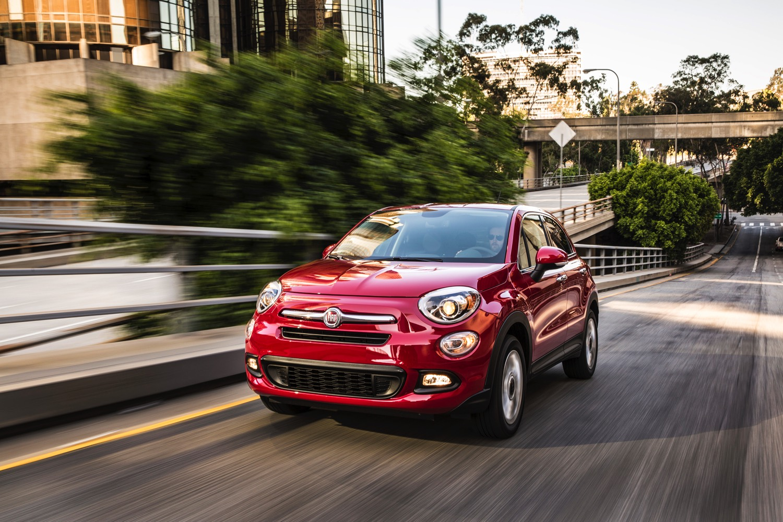 2016-Fiat-500x-020