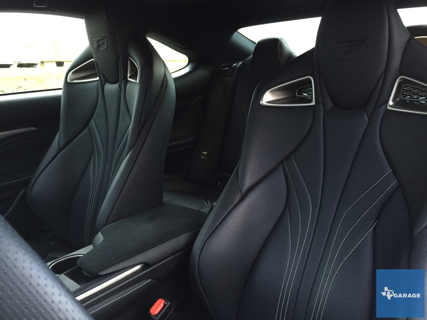 2015-Lexus-RC-F-txGarage-011