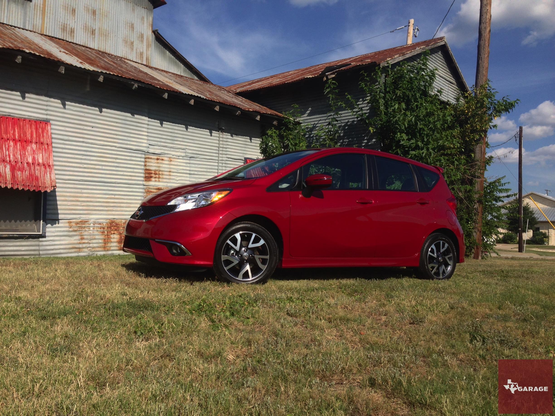 2015-Nissan-Versa-Note-007