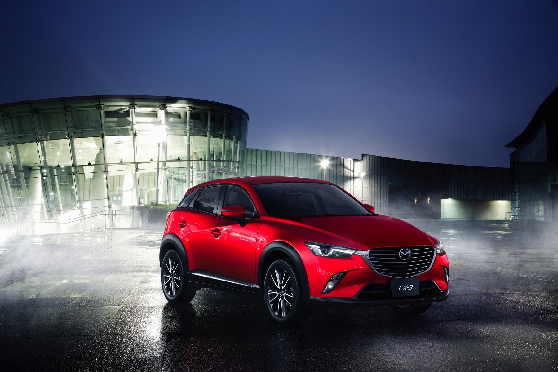2016-Mazda-CX-3-003