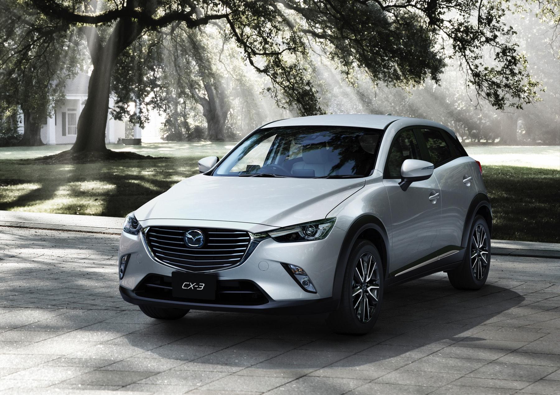 2016-Mazda-CX-3-004