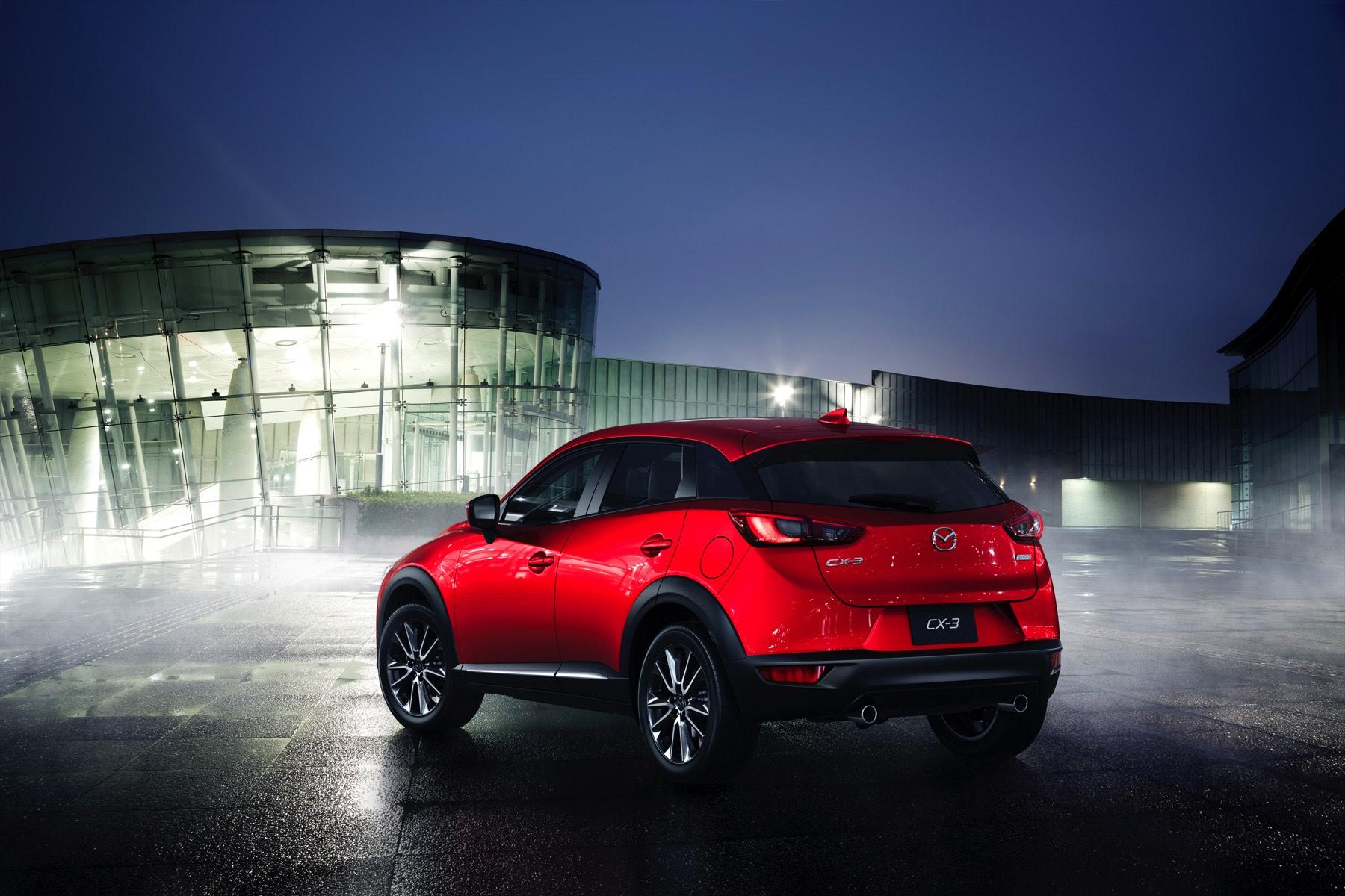 2016-Mazda-CX-3-006