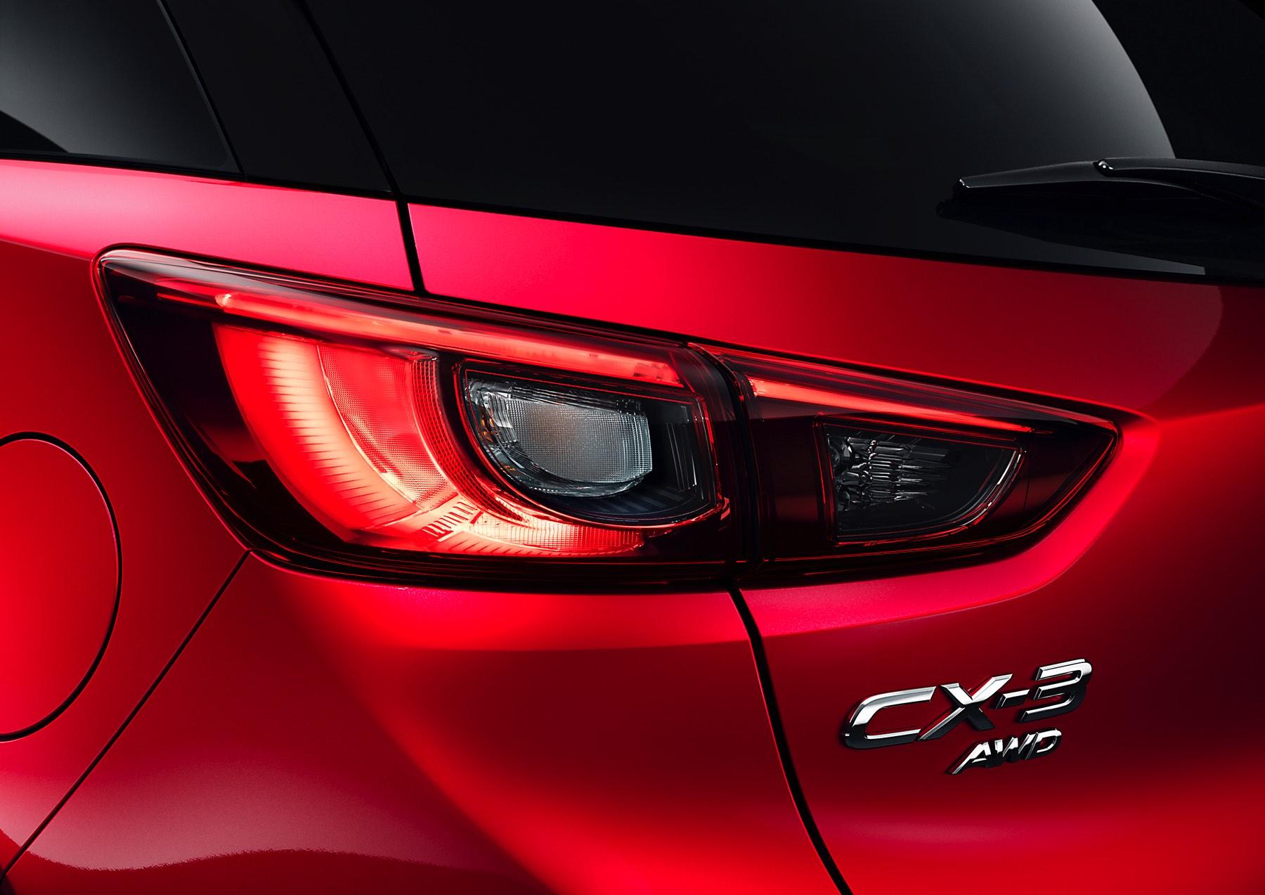 2016-Mazda-CX-3-016