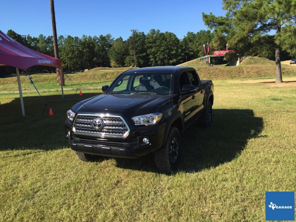2016-Toyota-Tacoma-Houston-Preview-018