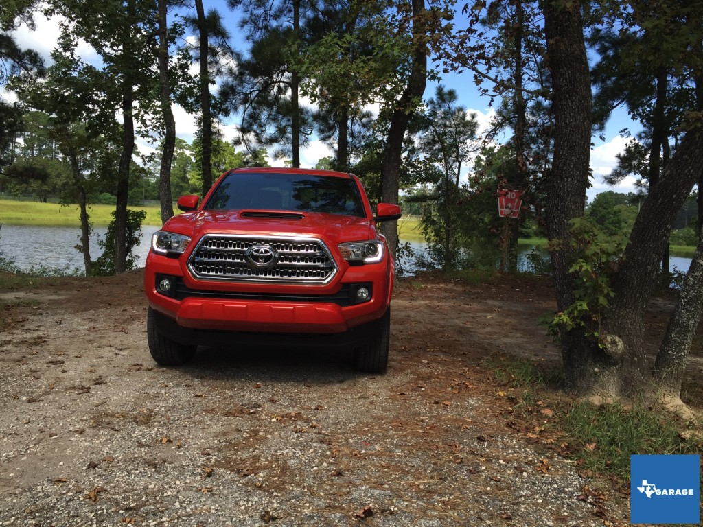 2016-Toyota-Tacoma-Houston-Preview-033