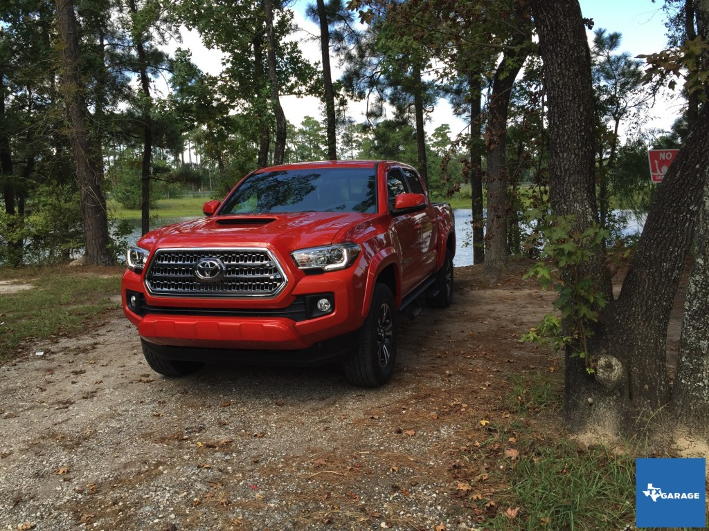 2016-Toyota-Tacoma-Houston-Preview-040