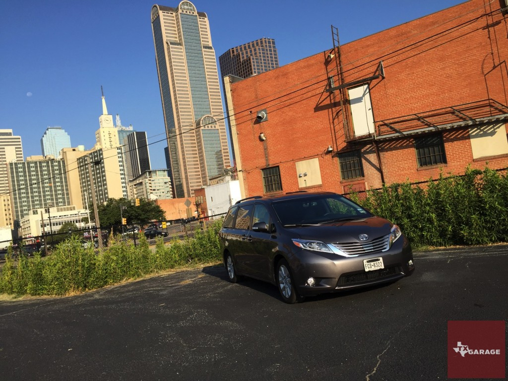 The 2015 Toyota Sienna by txGarage